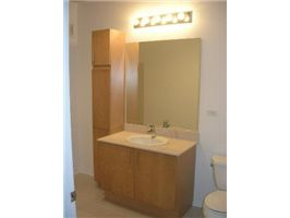 vetro-_1309-bathroom.jpg