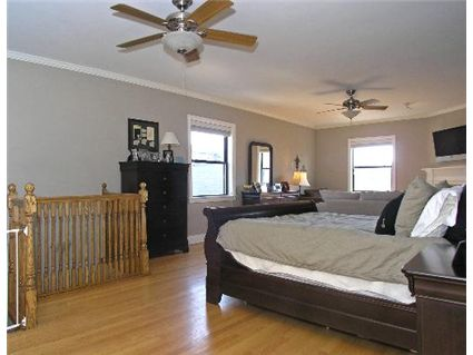 1013-w-webster-_7-master-suite-_1.jpg