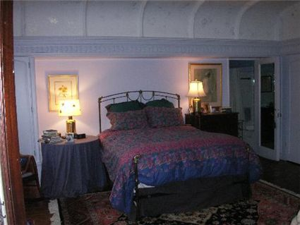 2340-n-lincoln-park-west-_202-bedroom.jpg