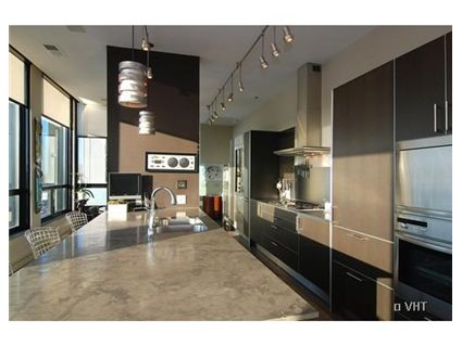 Кухня 550-w-wellington-penthouse-kitchen-approved