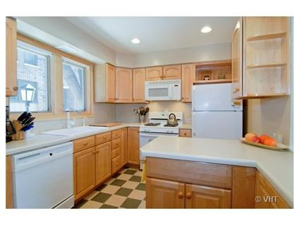 1806-n-larrabee-kitchen-approved.jpg
