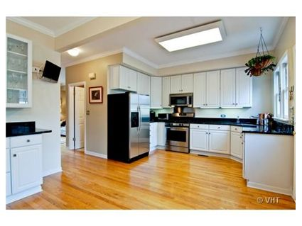 1830-w-oakdale-kitchen-approved.jpg