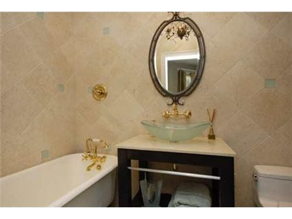 3825-n-alta-vista-bathroom-approved.jpg
