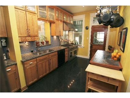 4032-n-ashland-kitchen-_1-approved.jpg