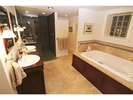4032-n-ashland-master-bathroom-approved.jpg