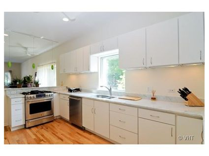 2700-n-wilton-kitchen-approved